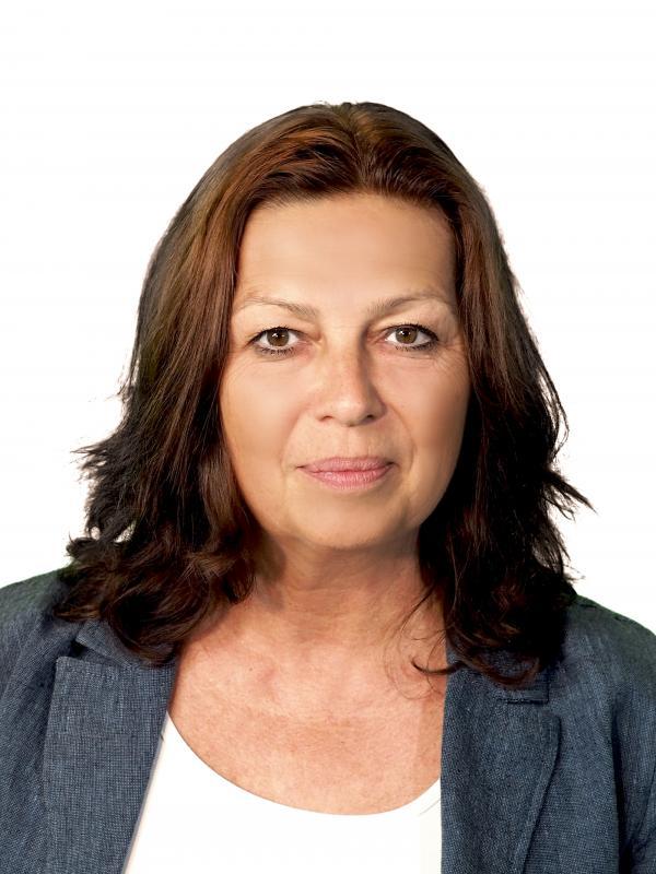 Ilona Elicerová